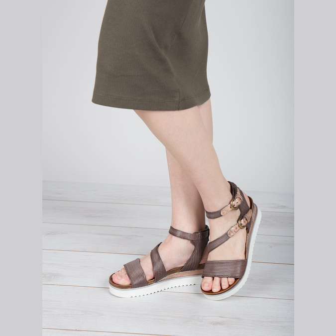 Ladies' sandals with a distinctive sole bata, brown , 666-4604 - 18